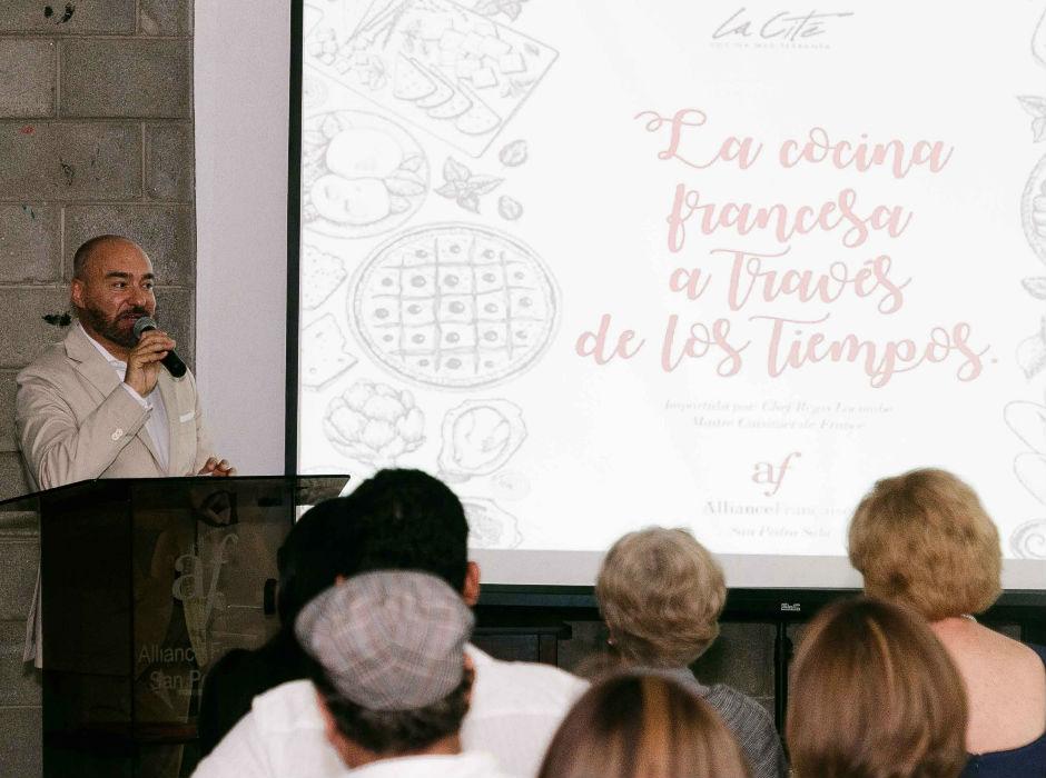 Expo culinaria la cocina francesa a trav s de los tiempos for Tecnicas culinarias de la cocina francesa