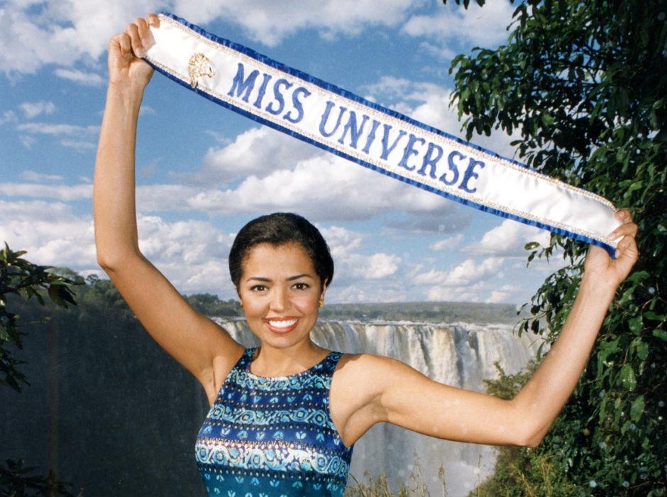 Miss Universo 1995 Chelsi Smith