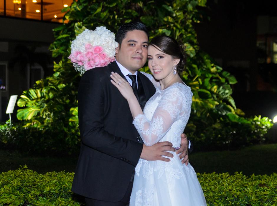 Ariel Sandoval y Paola Caballero