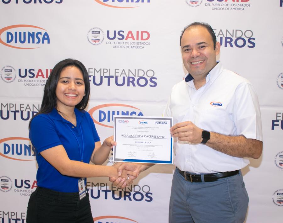 Graduación Empleando Futuros