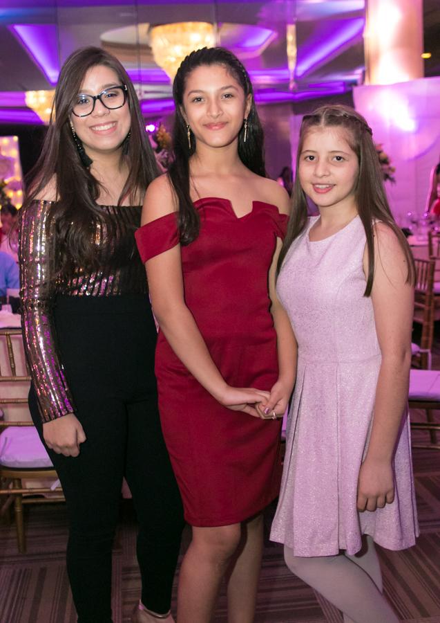 Los 16 años de Andrea María