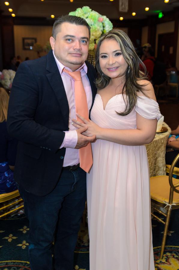 Bessy Lara y César Panting