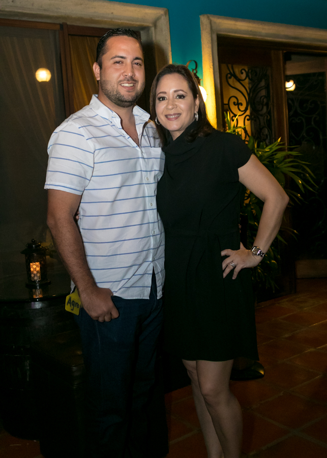 Andrea Interiano y Gustavo Robelo jr