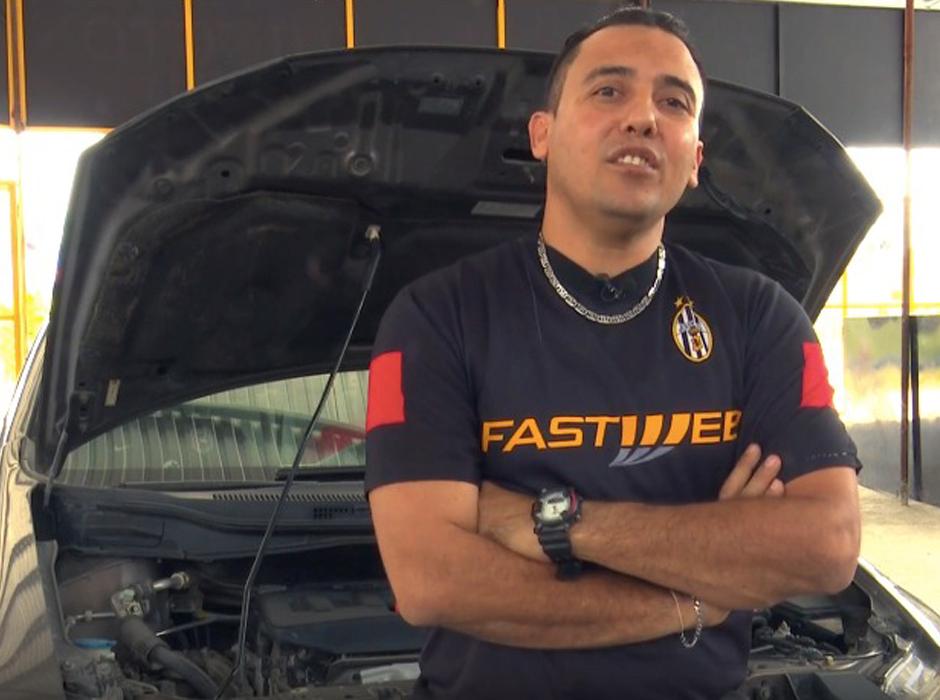 Daniel García estudiante de mecánica en Washington Academy