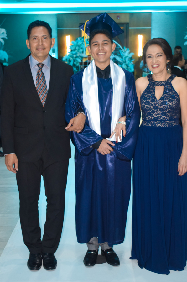 Desfile padres seniors 2019 Agape Christian Academy