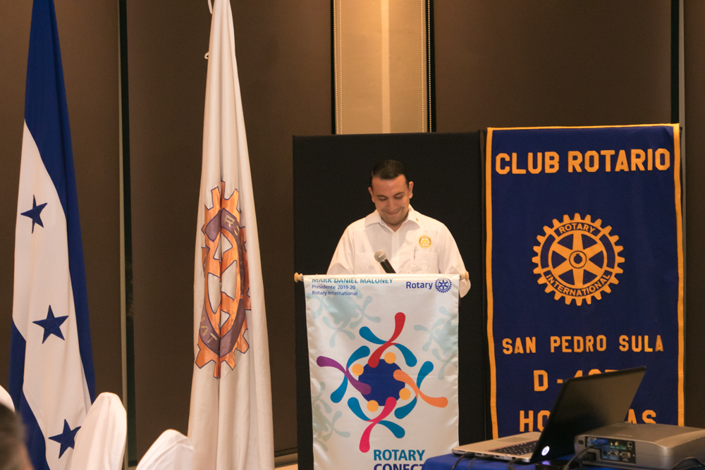 José Francisco Saybe es Socio Honorario Club Rotario San Pedro Sula